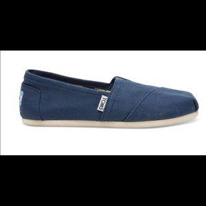 🌀CUTE BLUE TOMS 🌀
